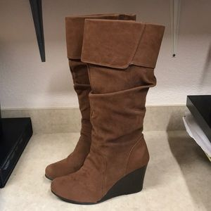 So Brown Suede Cuffed Wedge Boots